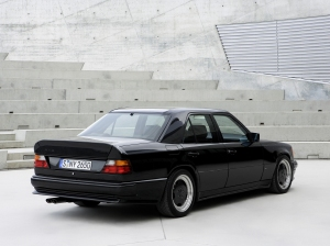 1986_AMG_Hammer_E_(_based_on_Mercedes-Benz_300_E_)_002_5462